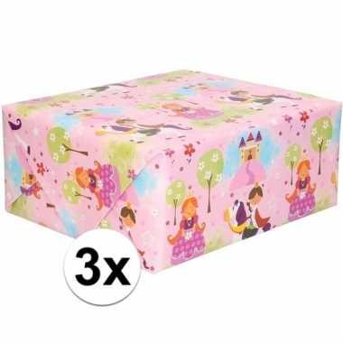 3x inpakpapier/cadeaupapier roze met prinsessenprint 200 x 70 cm