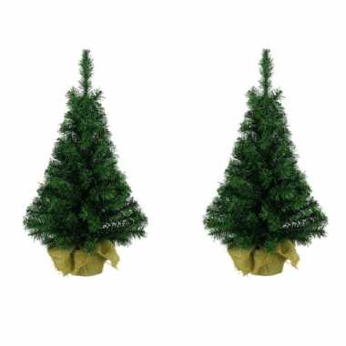 3x volle mini kunst kerstboompjes/kunstboompjes in jute zak 35 cm