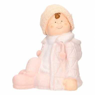 Decoratie beeldje kind jongen in winterkleding 25 cm
