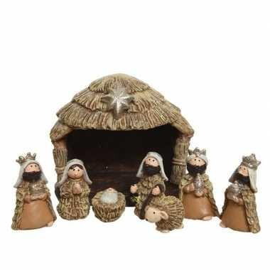 Kinder kerststal met 8 kerst figuren 10,5 cm