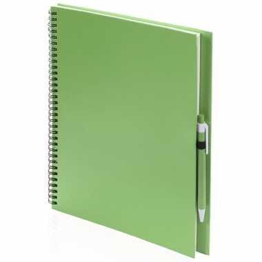 Schetsboek/tekenboek groen a4 formaat 80 vellen inclusief pen