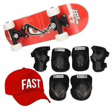 Skateboard set voor kinderen l 9-10 jaar/valbescherming/fast pet/skateboard met print 43 cm rood