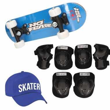 Skateboard set voor kinderen l 9-10 jaar/valbescherming/skater pet/skateboard met print 43 cm blauw