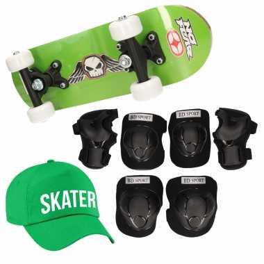 Skateboard set voor kinderen l 9-10 jaar/valbescherming/skater pet/skateboard met print 43 cm groen
