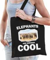 Dieren kudde olifanten tasje zwart volwassenen en kinderen elephants are cool boodschappentasje