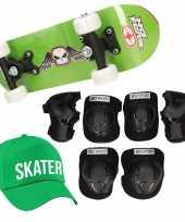 Skateboard set voor kinderen l 9 10 jaar valbescherming skater pet skateboard met print 43 cm groen