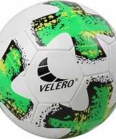 Speelgoed voetbal no 5 groen wit voor kinderen volwassenen